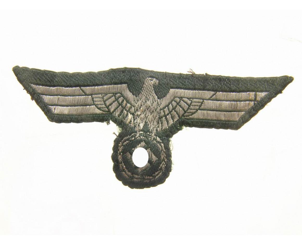 Орел нагрудный, на парадный китель рядового состава Вермахта.
