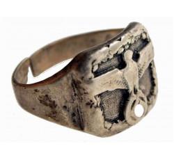 Оригинальный германский перстень с имперским орлом.