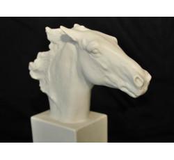 """Статуэтка из фарфора """"Голова лошади"""""""