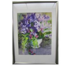 Натюрморт акварелью с цветами в рамке под стеклом.